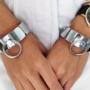 🆕 Silver Wide Cuff Circle Bracelet